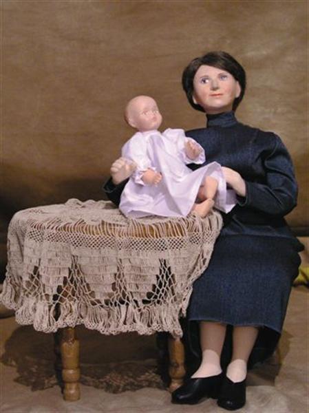 """3.""""Habemus Papam""""- sceny z życia Karola Wojtyły / Muzeum Lalek w Pilźnie - 2006 r."""